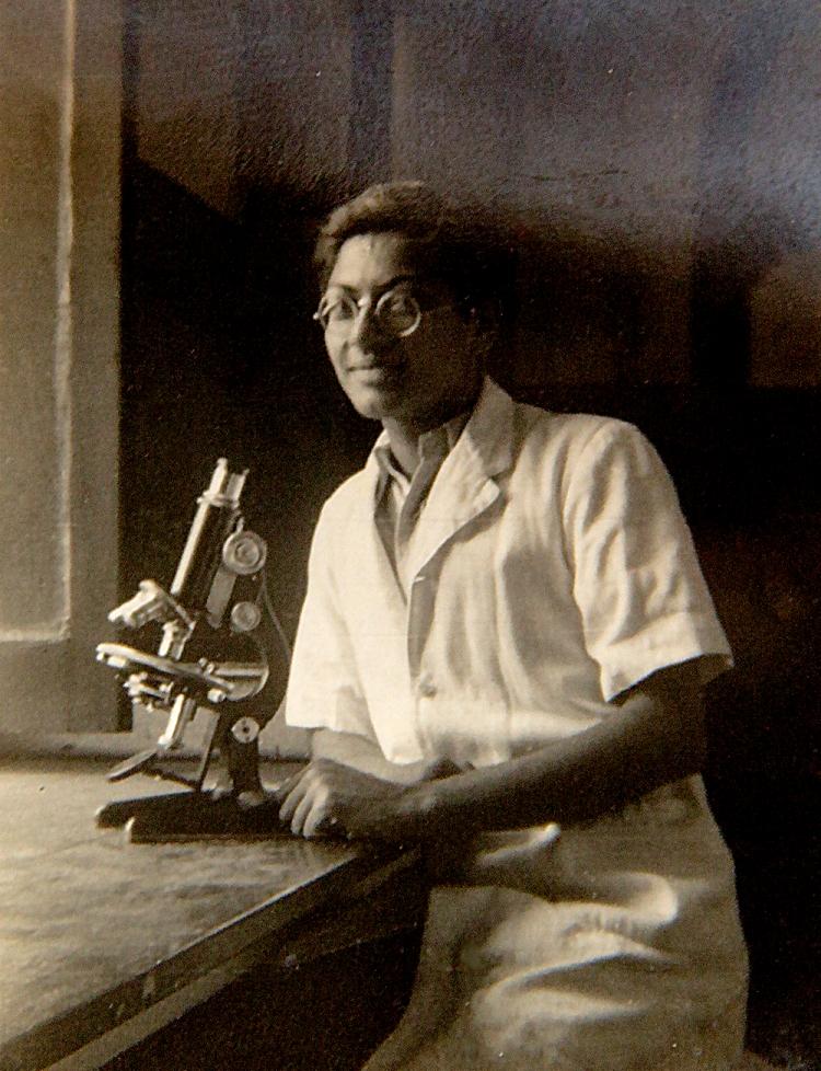 Dr. Chhapgar in 1951.jpg